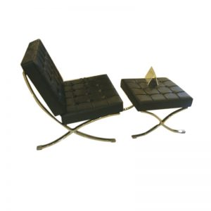 barcelona chair with foot stool